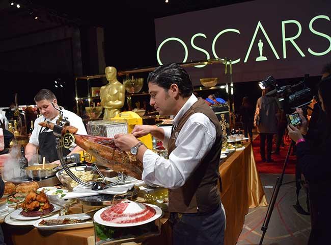 Cinco Jotas bal des gouverneurs après les Oscars